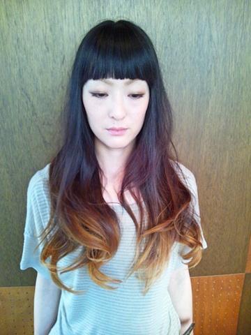グラデーションカラー ヘアスタイル 秋髪